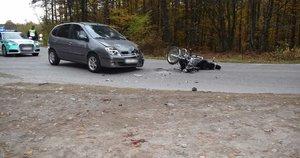 Po susidūrimo su lengvuoju automobiliu žuvo motociklininkas. (nuotr. Policijos)