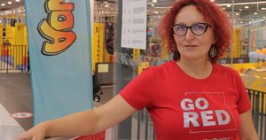 """Dyslexia centro"" vadovė Jurgita Pocienė kviečia jungtis prie iniciatyvos ""Go Red for Dyslexia""."