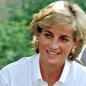 Atskleista, ką princesei Dianai teko patirti gyvenant su Charlesu: buvo labai nelaiminga