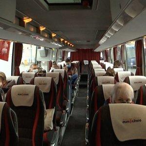 Keleiviai gali likti be tiesioginių reisų į miestelius – tektų kelis kartus persėsti