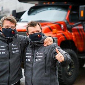 Juknevičius – apie pirmuosius Dakarus, keistus organizatorių pažadus ir pankų ekipažą