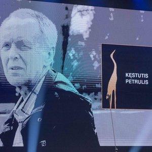 Už viso gyvenimo nuopelnus pagerbtas šiais metais miręs prodiuseris Petrulis: kolegos skyrė jautrius žodžius