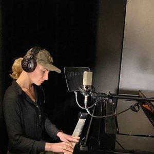 Agnė Sabulytė kariuomenės dienos proga pristato laisvės kovų dainą: įvertinkite