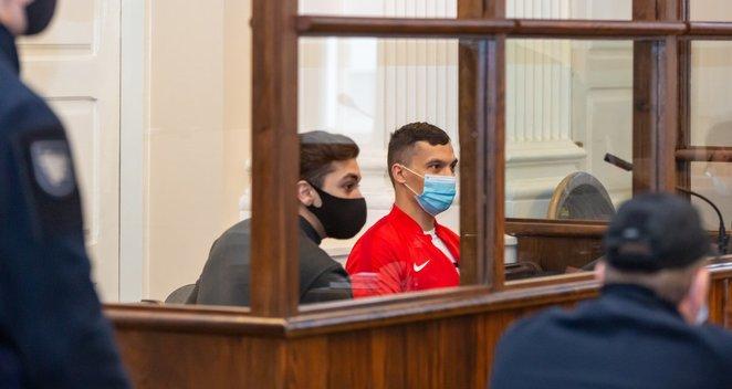 Ievos Strazdauskaitės žudikai atvesti į teismą