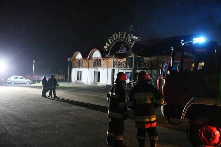 Netoli Vievio degė kavinė (nuotr. TV3)