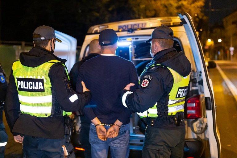 Sulaikytas įtariamasis. Asociatyvi nuotrauka (nuotr. Broniaus Jablonsko)