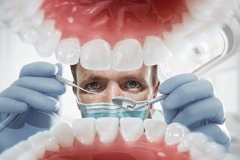Odontologas (nuotr. Shutterstock.com)
