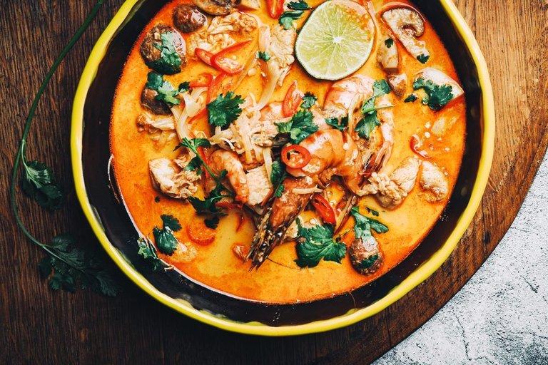 Tailandietiška sriuba  (nuotr. Dovilė Ramoškaitė)