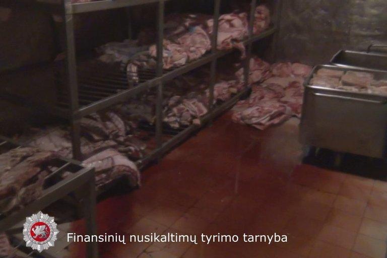 Vaizdai iš mėsos perdirbimo įmonės (nuotr. FNTT)