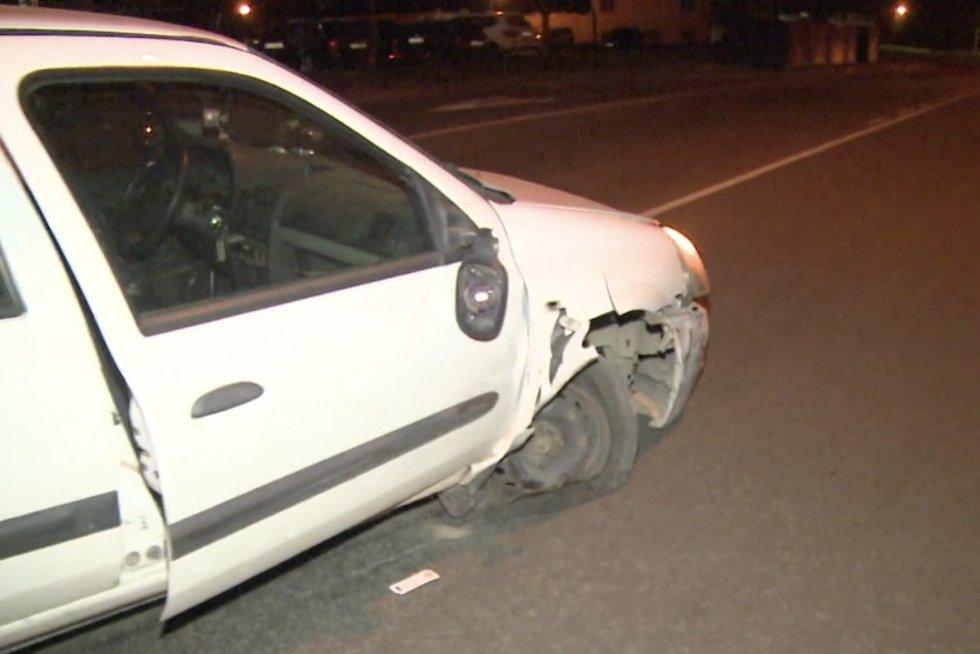 Panevėžyje girtas vairuotojas apdaužė keturis automobilius