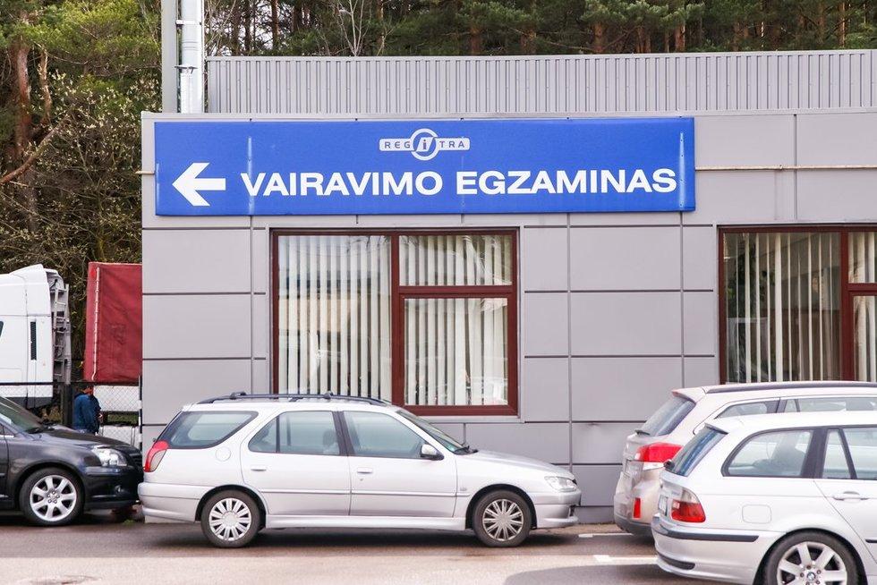 Vairavimo egzaminas (nuotr. Tv3.lt/Ruslano Kondratjevo)