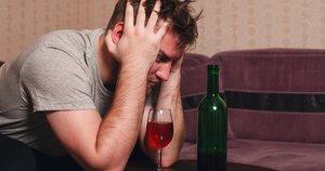 Alkoholizmas (nuotr. Fotolia.com)