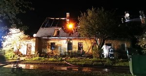 Po gaisro Naujoje Vilnioje 12 šeimų liko be namų