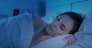 Mieganti moteris (Nuotr. shutterstock)