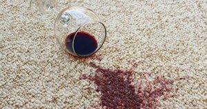 Raudonas vynas  (nuotr. 123rf.com)