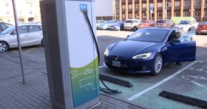 Elektromobiliai (nuotr. stop kadras)