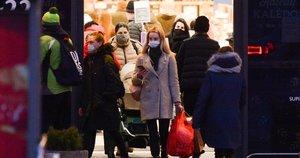 Pirkėjai užplūdo parduotuves (nuotr. Fotodiena/Justino Auškelio)