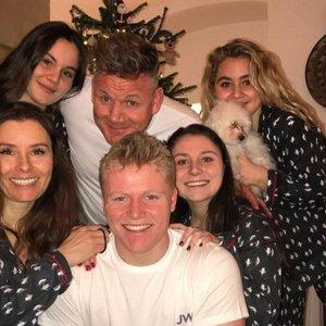 5 vaikus auginantis šefas Ramsay griežtas ir namuose: vaikai turėjo pereiti tikrą pragarą
