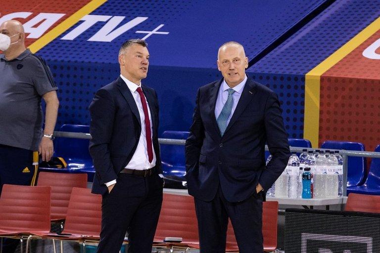 Š. Jasikevičius ir R. Kurtinaitis (nuotr. SCANPIX)