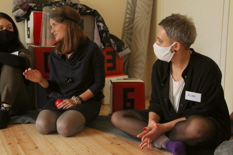Konferencijos dalyviai praktiniuose užsiėmimuose susipažino su įvairiomis terapijomis. Sigitos Inčiūrienės nuotr.