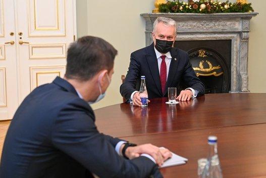 G. Nausėda susitiko su kandidatu į energetikos ministrus D. Kreiviu (nuotr. Roberto Dačkaus)