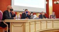 Laisvės ir teisingumo partijos programoje 5-erių metų trukmės Seimo kadencija ir nė žodžio apie pensijų kėlimą (nuotr. Fotodiena/Viltės Domkutės)