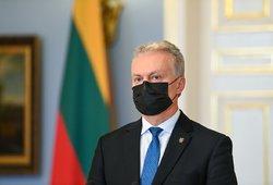 Nausėda gavo pažadą: Lietuva iki vasaros galės paskiepyti mažiausiai 70 proc. gyventojų