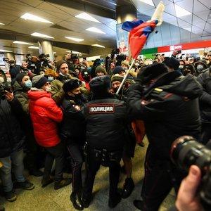"""Rusijoje suimtas Navalnas kreipėsi į tautą: """"Netylėkite. Priešinkitės. Eikite į gatves"""""""