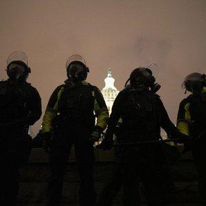 """Žuvusios protestuotojos veiksmų nesupranta artimieji: """"Nežinau, kodėl ji nusprendė taip pasielgti"""""""