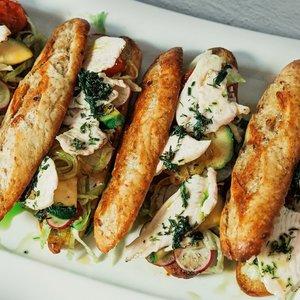 Ypatingi sumuštiniai su kepta vištiena: patiks visai šeimai