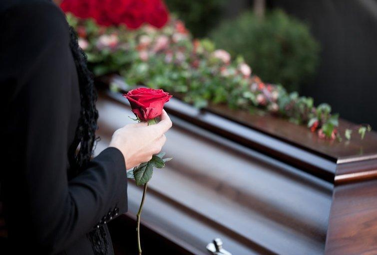 Laidotuvės (nuotr. Shutterstock.com)