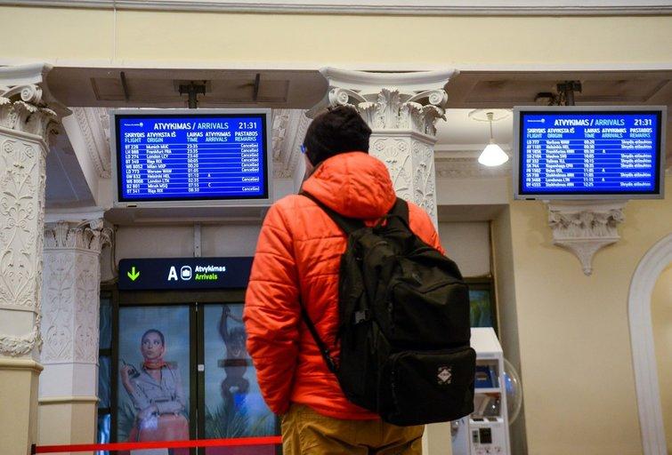 Lietuviai grįžta namo iš Tenerifės (nuotr. Fotodiena/Justino Auškelio)
