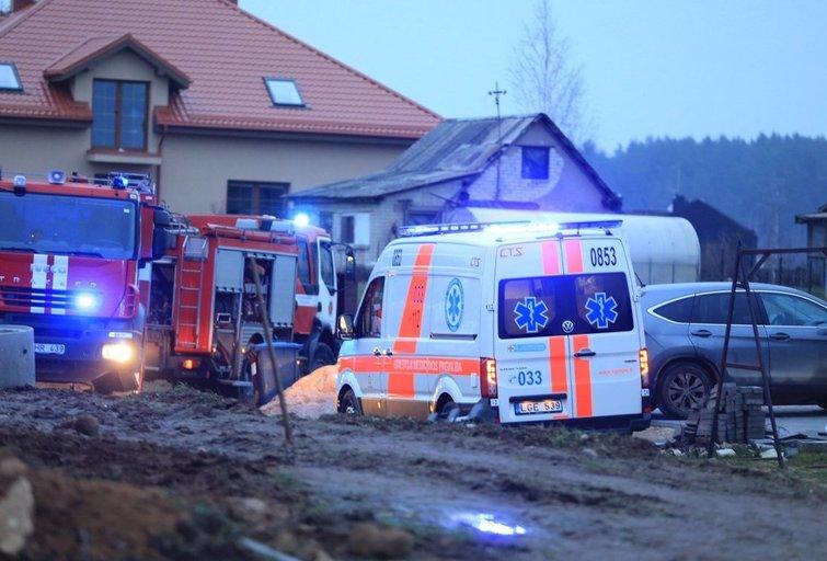 Vilniuje degė ūkinis pastatas (nuotr. Broniaus Jablonsko)