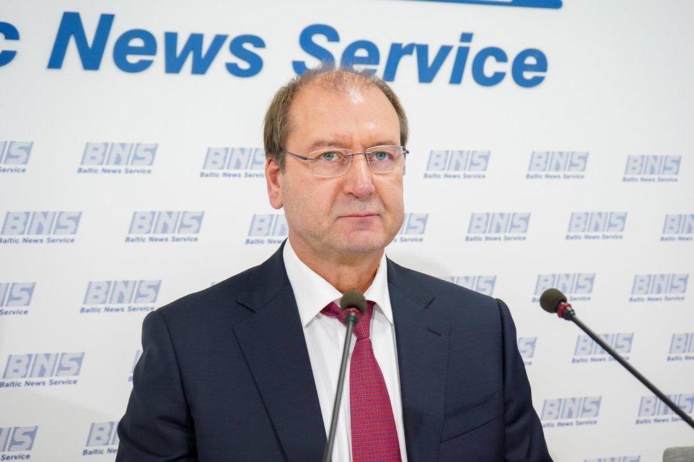 Darbo partija pristatė rinkimų programą su V. Uspaskichu