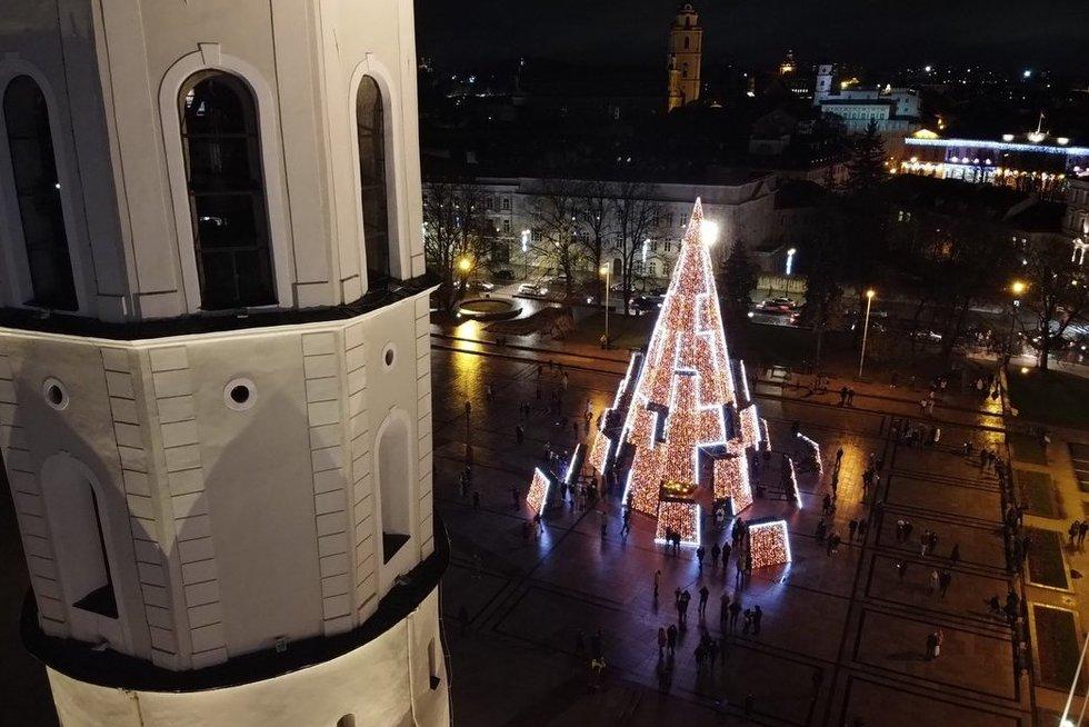 Vilnius įžiebė Kalėdinę eglę (nuotr. TV3)