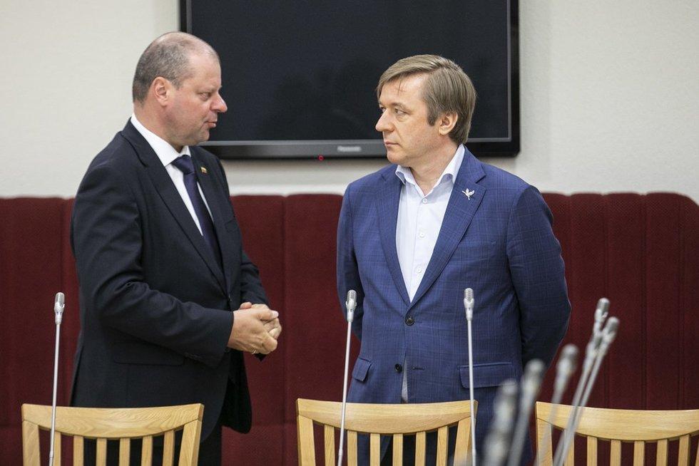 Saulius Skvernelis ir Ramūnas Karbauskis (Paulius Peleckis/Fotobankas)