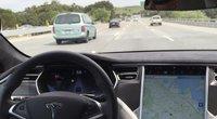 Smūgis elektromobilių įvaizdžiui: vairuotojas žuvo naudodamasis autopiloto funkcija (nuotr. SCANPIX)