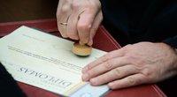 Diplomas (nuotr. Fotodiena/Justino Auškelio)