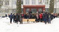 """""""Laisvės"""" gimnazijoje – maištas: mokiniai reikalauja teisingumo (nuotr. TV3)"""