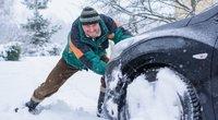 Automobilio priežiūra žiemą  (nuotr. Shutterstock.com)
