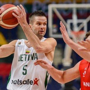 Po nervų karo Lietuva prasibrovė į Europos krepšinio čempionatą