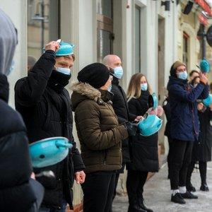 Karantino dusinami barai ir restoranai Lietuvoje surengė protesto akciją