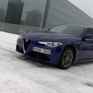 """Alfa Romeo Giulia"" apžvalga – ne kiekvienam sukurtas sedanas"