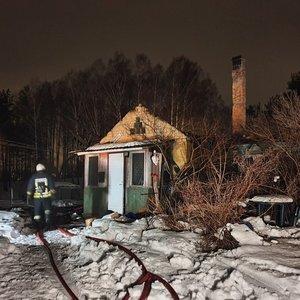 Vilniuje sudegusiame name rasti dviejų žmonių kūnai