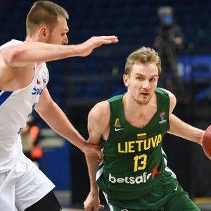 Kariniausko vedama Lietuvos rinktinė nesunkiai įveikė Čekiją