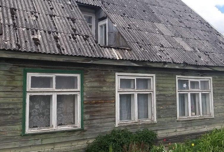Namas, kuriame be priežiūros buvo paliktas 1,5 metų vaikas (nuotr. TV3)