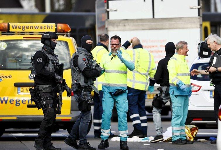 Šaudynės Nyderlanduose: policija ieško šaltakraujo žudiko (nuotr. SCANPIX)