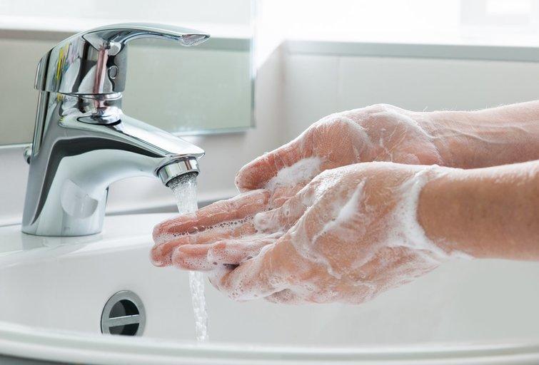 Rankų higiena (nuotr. 123rf.com)