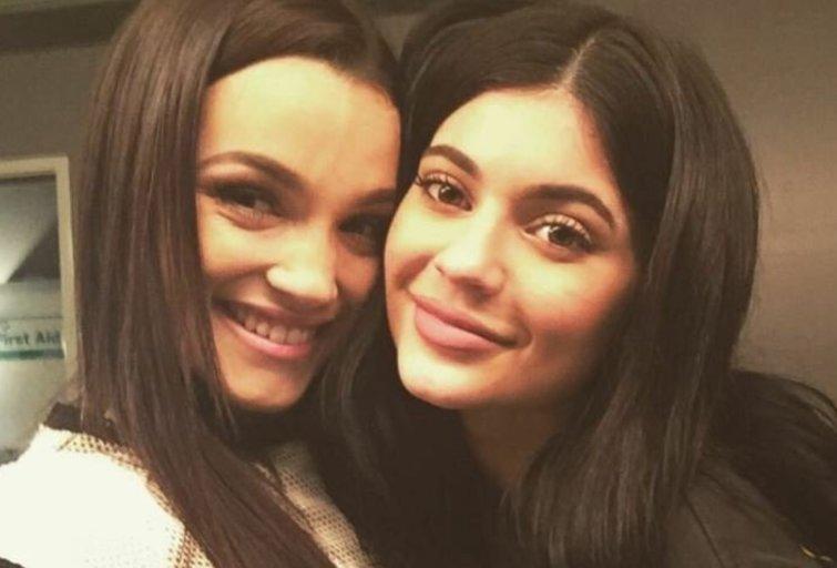 Natalie Zettel ir Kylie Jenner (nuotr. Twitter)