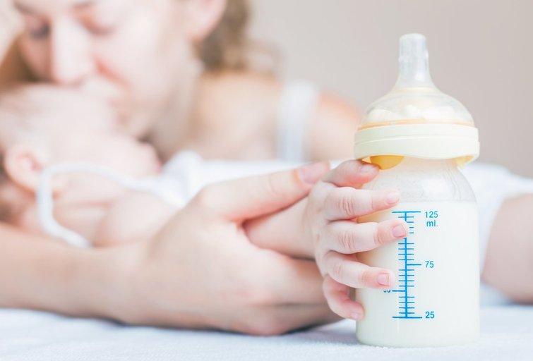 Motinos pienas (nuotr. Fotolia.com)